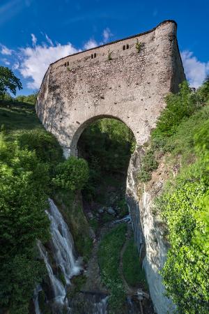 Canvas print ponte acquedotto di grand arvou paesaggio for Foto di ponti su case