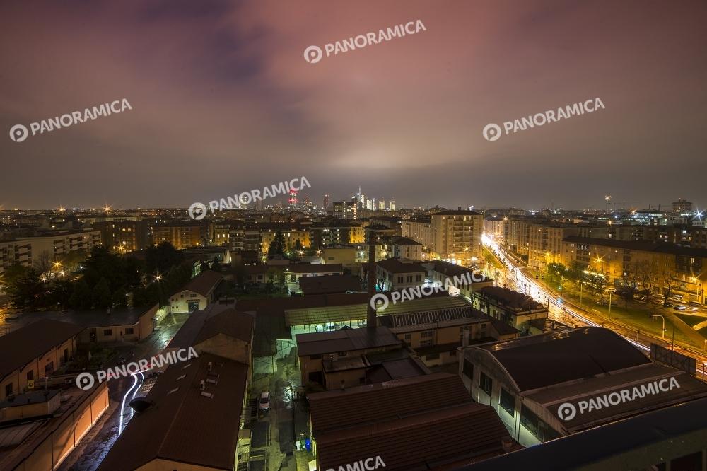 Panoramica dei quartieri Maciachini e Montalbino di notte