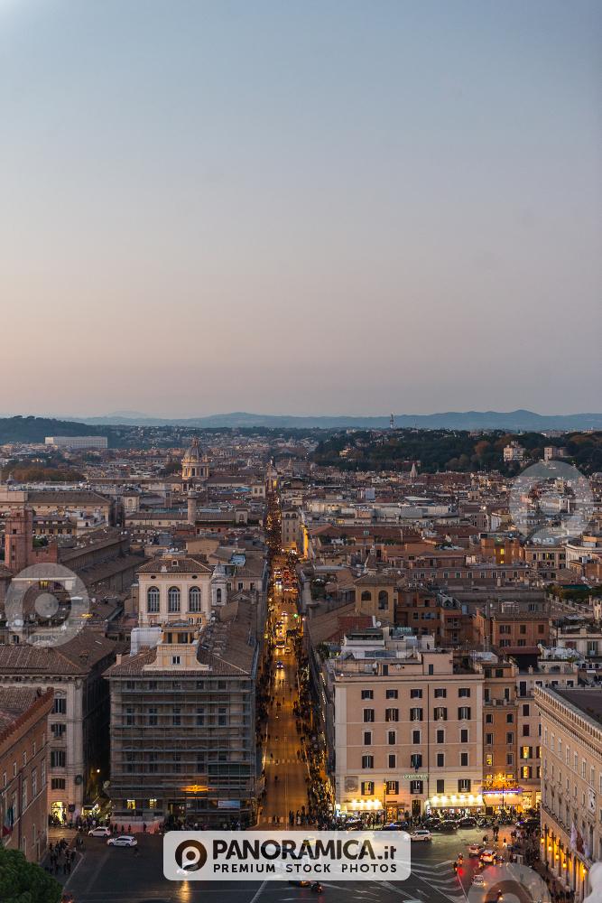Piazza Venezia e Via del Corso, viste dalla Terrazza del Vittoriano ...